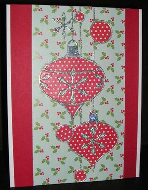 Hanging-Ornaments-Red-Dot